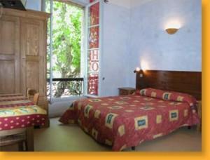 hostels in france