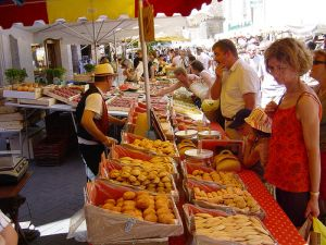 sorgue-market
