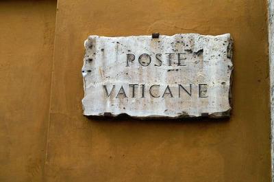 vaticanpost2