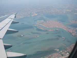 venice_fly