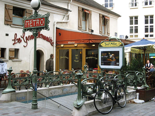 The most beautiful metro stations in paris whygo paris - Saint michel paris metro ...