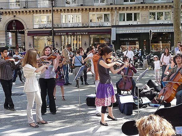 3) Paris is full of surprises!  I turned a corner one afternoon on my way to the Jardin du Palais-Royal and stumbled across an impromptu classical concert taking place in a small square.