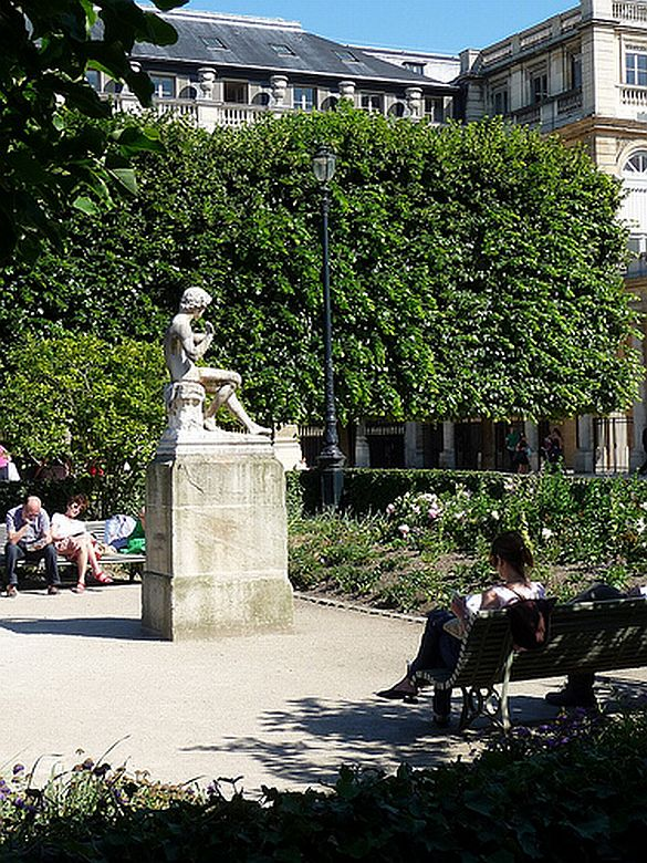 4) A quiet corner of Paris. The Jardin du Palais-Royal is a peaceful spot to sit and rest your tired feet.