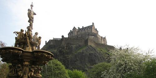 Hotels Near Edinburgh Castle